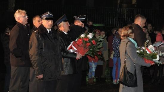 Z pieśnią przez dzieje Polski. W Niebieszczanach uczcili niepodległość (ZDJĘCIA)