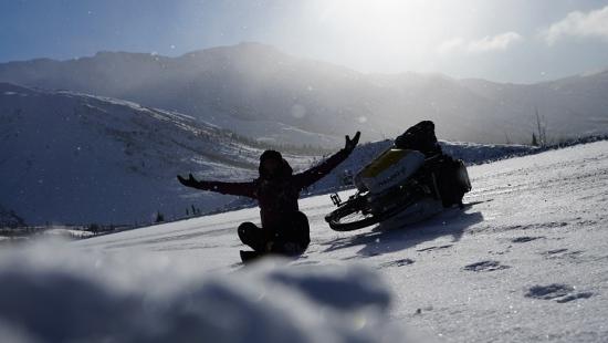 """SPOTKANIE Z PODRÓŻNIKAMI: """"Yukon Bicycle Quest – rowerem przez północnokanadyjską zimę"""" (ZDJĘCIA)"""