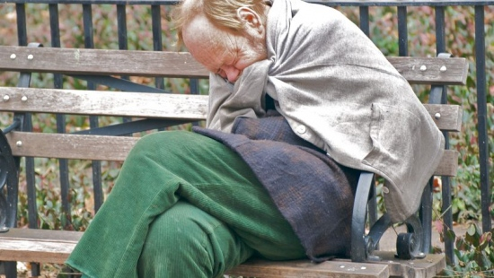 62-latek leżał pijany na mrozie. Sanoczanka uratowała mu życie