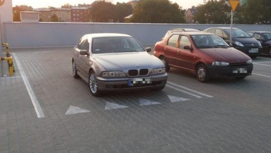 PARKOWANIE PO SANOCKU: Mistrz parkowania w wyznaczonym do tego miejscu (ZDJĘCIA)