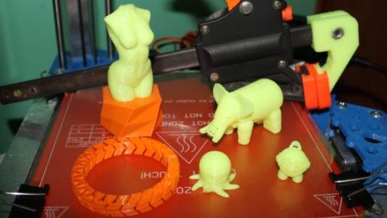 Nowoczesna drukarka 3D dała zwycięstwo w podkarpackim konkursie (FILM)