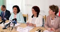 """RZESZÓW: Zaprezentowano """"Program rozwoju edukacji w województwie podkarpackim"""" (ZDJĘCIA)"""