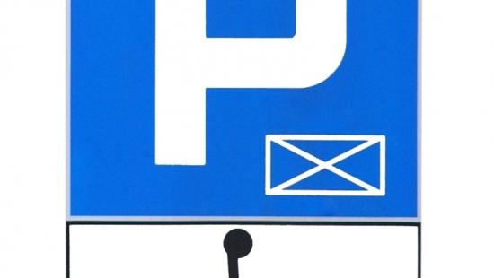 """Niepełnosprawni zapłacą za parkowanie pełną stawkę. """"Celem zmian jest rotacja pojazdów. Każdy musi mieć szansę na znalezienie miejsca"""""""