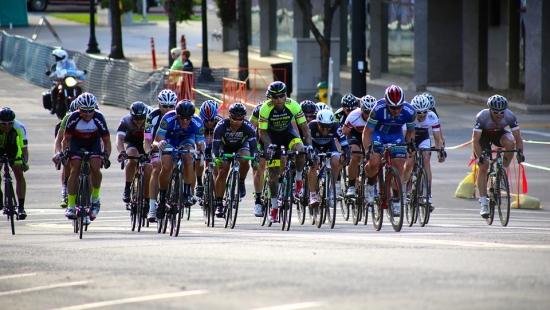 W niedzielę utrudnienia w ruchu w związku z wyścigiem kolarskim