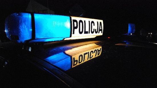 Wyzywał żonę, pijany jeździł samochodem. Policjanci zatrzymali agresywnego 57-latka