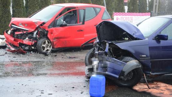 Groźny wypadek w Posadzie Górniej. Jedna osoba w szpitalu (ZDJĘCIA)