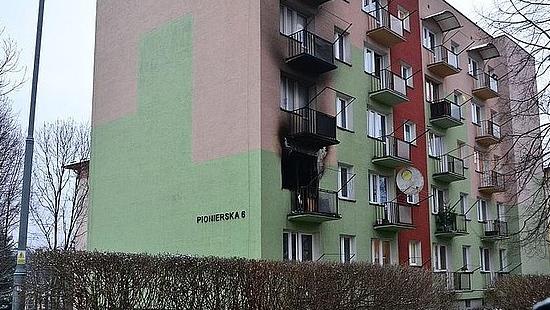 Tragiczny pożar w Ustrzykach. W mieszkaniu spłonął mężczyzna
