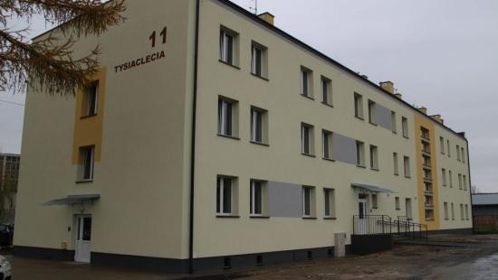 KROSNO: 30 nowych mieszkań socjalnych przy Tysiąclecia. Budynek gotowy do przyjęcia lokatorów (FILM, ZDJĘCIA)