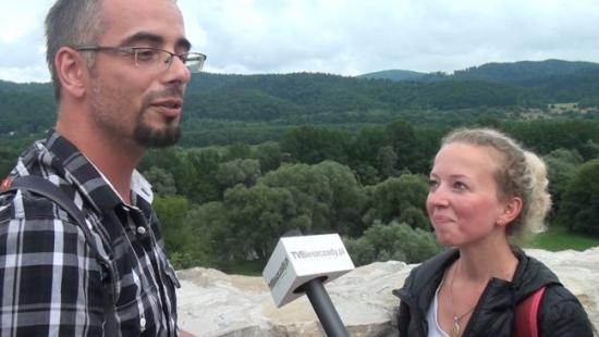 Z Białegostoku i Szczecina w Bieszczady. Turyści zachwyceni Sanokiem (SONDA, FILM)