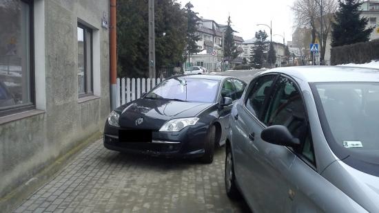 Z kulturą parkowania wciąż na bakier (ZDJĘCIA)