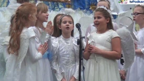 GMINA BUKOWSKO: Uczniowie z radością o narodzinach Jezusa. Wyjątkowe jasełka w Zespole Szkół w Bukowsku (FILM)