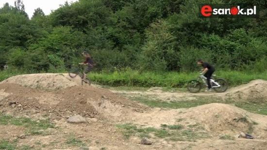 TREPCZA: Trwa budowa toru do pump tracku! (VIDEO HD)