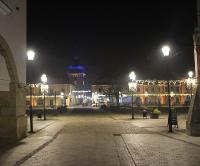 KROSNO: Na ulicach pojawiają się świąteczne dekoracje. Miasto zapłaci za nie ponad 100 tys. zł (ZDJĘCIA)