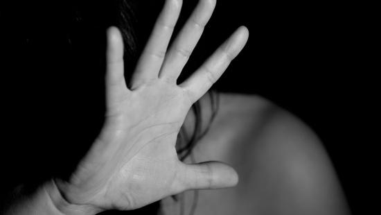Prokuratura Okręgowa w Rzeszowie przejęła sprawę gwałtu na 20-latce, dokonanego po juwenaliach. Policja przygotowuje portret pamięciowy sprawcy