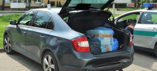 Kontrabanda w pojeździe i bagażach (FOTO)